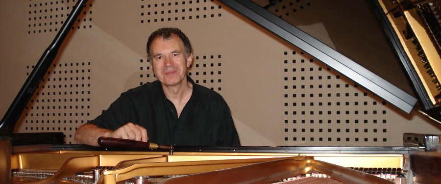 Yannick Le Guyader, accordeur de piano