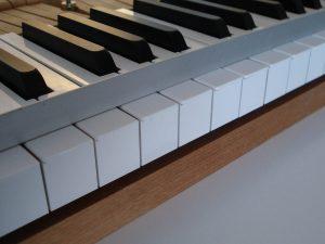 Règle à dresser un clavier de piano